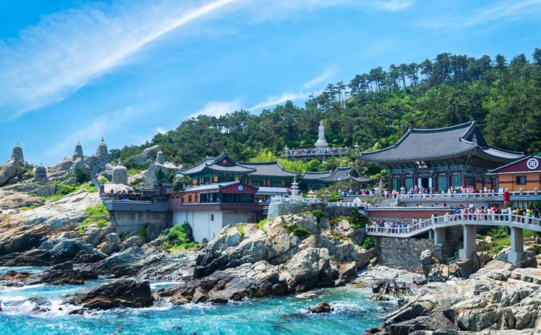 Haedong-Yonggungsa-temple-busan