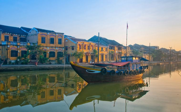 Vietnam-Hoi-An-bateau