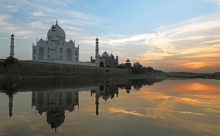 inde-taj-mahal-riviere