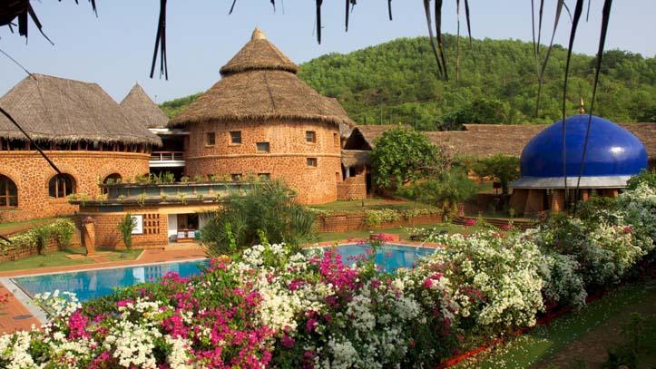 Piscine hotel Swaswara Inde du Sud
