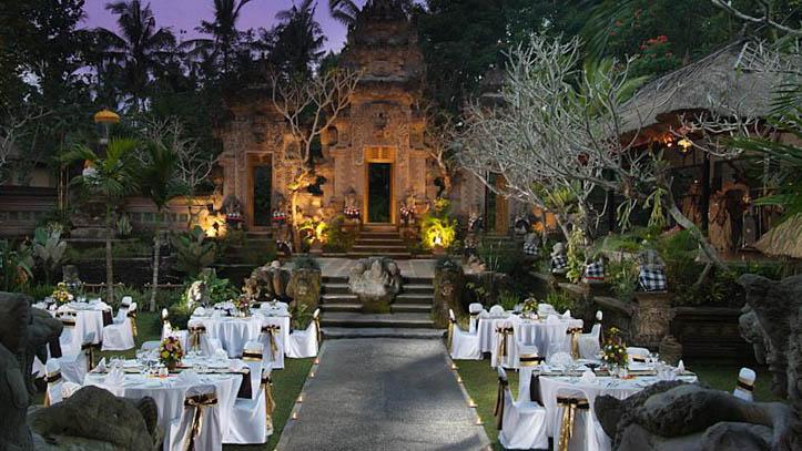 Royal Pitamaha diner chic
