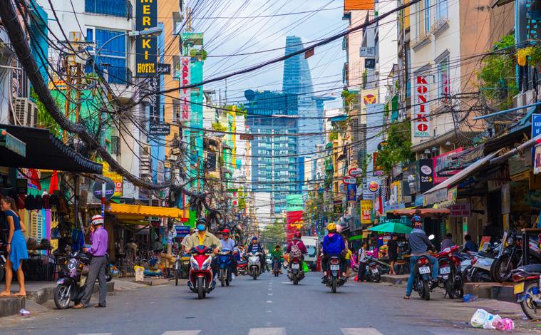 rue-centre-ville-saigon-vietnam-upload